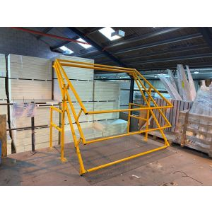 Up & Over Pallet Gate - Model LC/HP2400